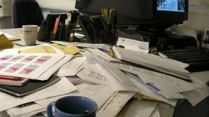 rommelig kantoor